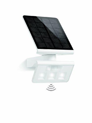 Steinel LED Solar-Leuchte XSolar L-S weiß 140° Bewegungsmelder 8 m Reichweite ideal für Garten Terrasse und Hauswand