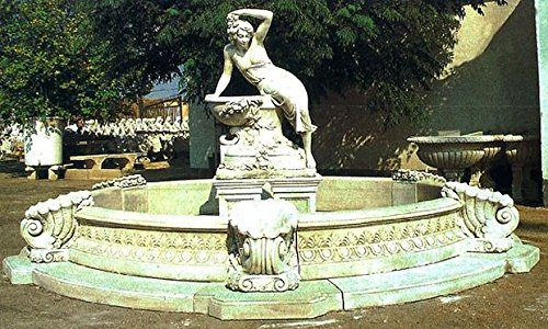 Brunnen Gartenbrunnen Zierbrunnen fountain Venezia Farbe sandstein
