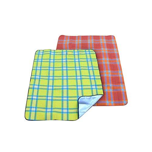 greemotion Picknickdecke rotgrün kariert wasserabweisende Gartendecke mit isolierender Aluminiumunterseite Reisedecke für Camping und Ausflüge keine Farbauswahl möglich
