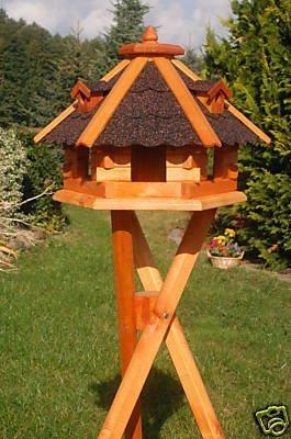 Deko-Shop-Hannusch Vogelhäuschen Vogelhaus mit Bitumschindeln behandelt mit Ständer Vogelfutterhaus mit Futtersilo Silo