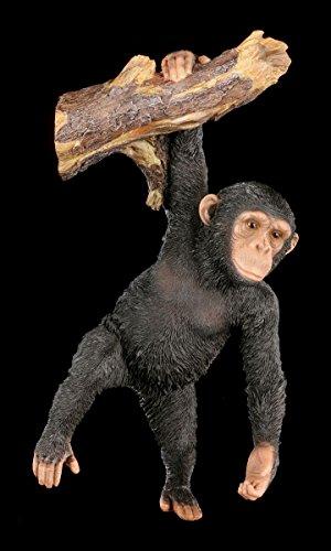 Schimpanse Garten Figur am Ast hängend - Affe Baum Deko Statue Garten Tier